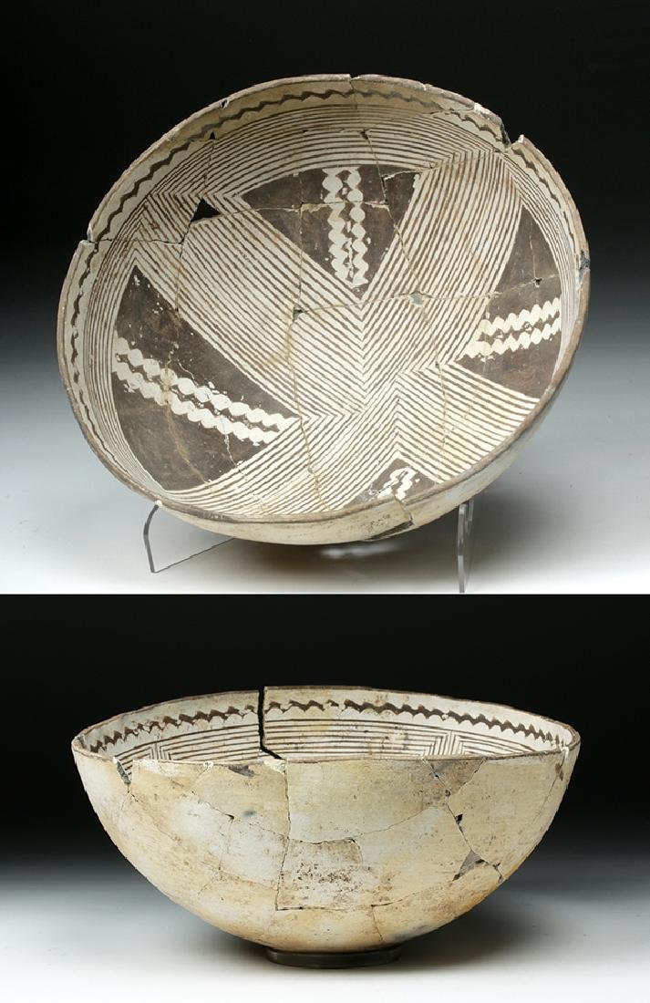 Large Mimbres Black-on-White Pottery Bowl
