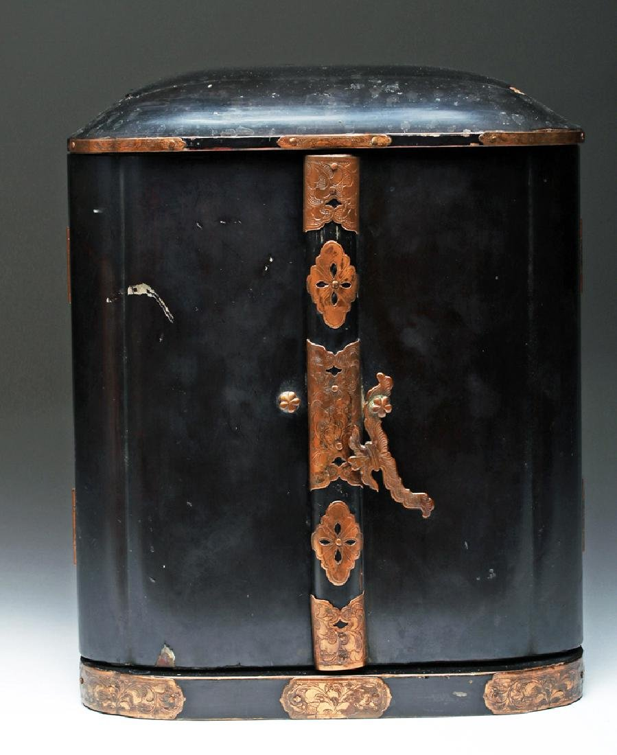 19th C. Japanese Gilded / Lacquered Wood Shrine - 3