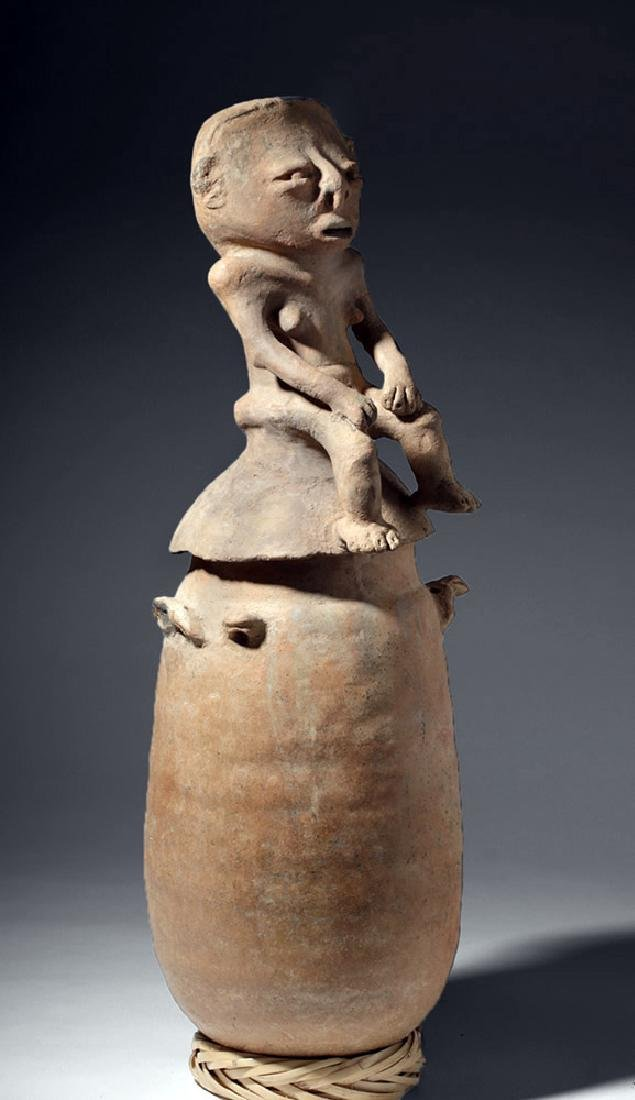 Large Rio Magdalena Pottery Urn - Seated Female Lid - 5