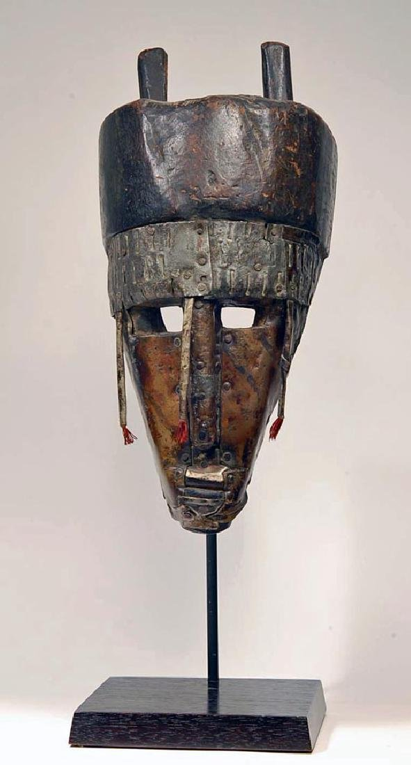 20th C. African Warka Wood Triangular Face Mask - 2