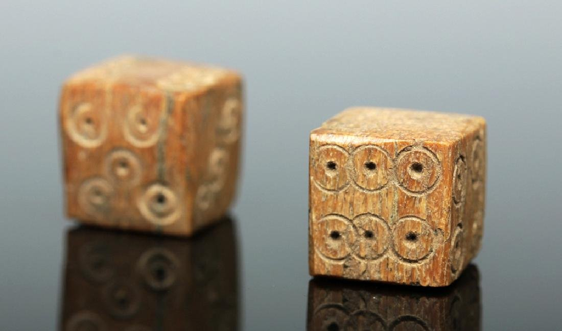 Pair of Roman Imperial Bone Dice - 4
