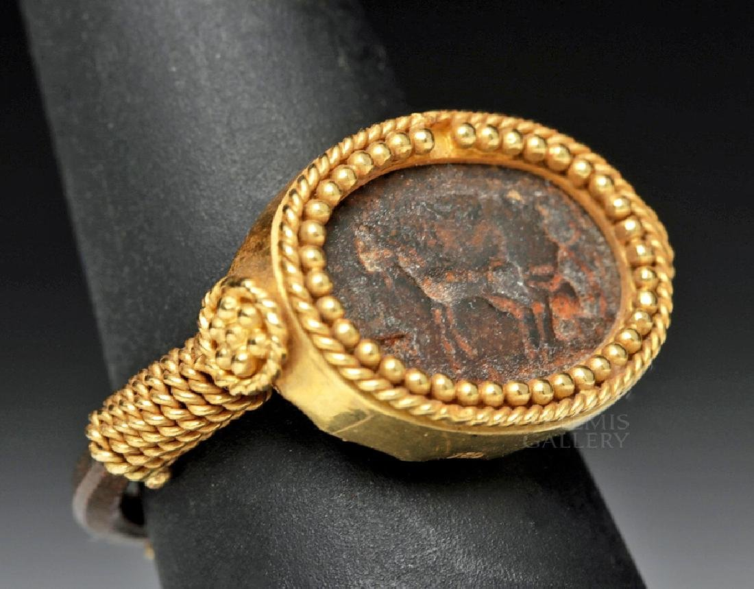 Roman 22K Gold & Iron Ring w/ Horse Image - 3