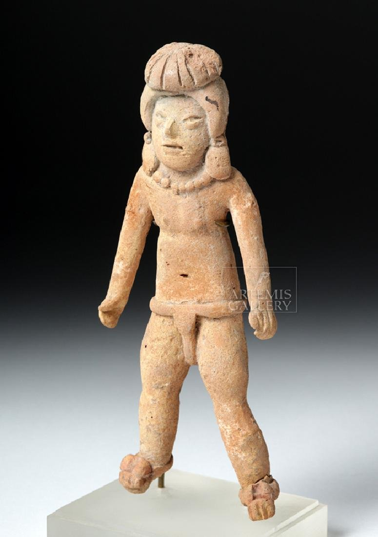 Rare & Early Xochipala Pottery Male Ball Player
