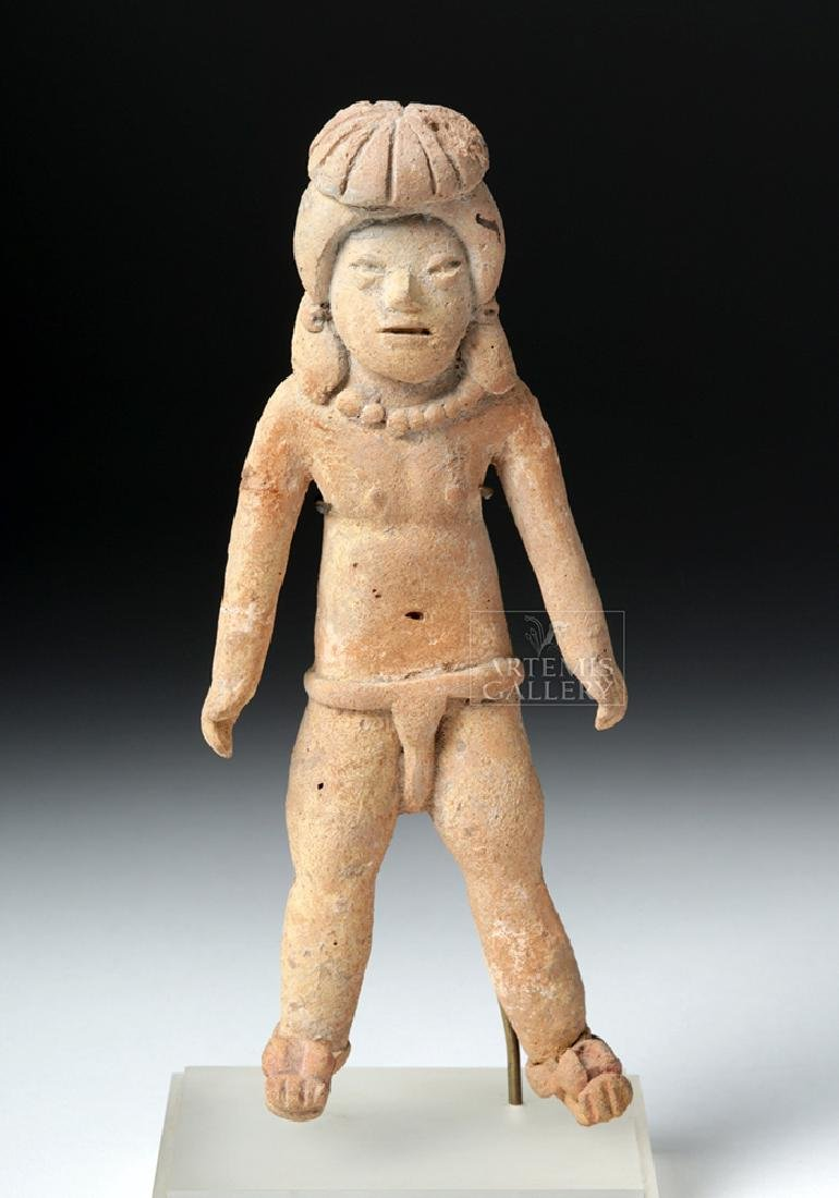 Rare & Early Xochipala Pottery Male Ball Player - 2