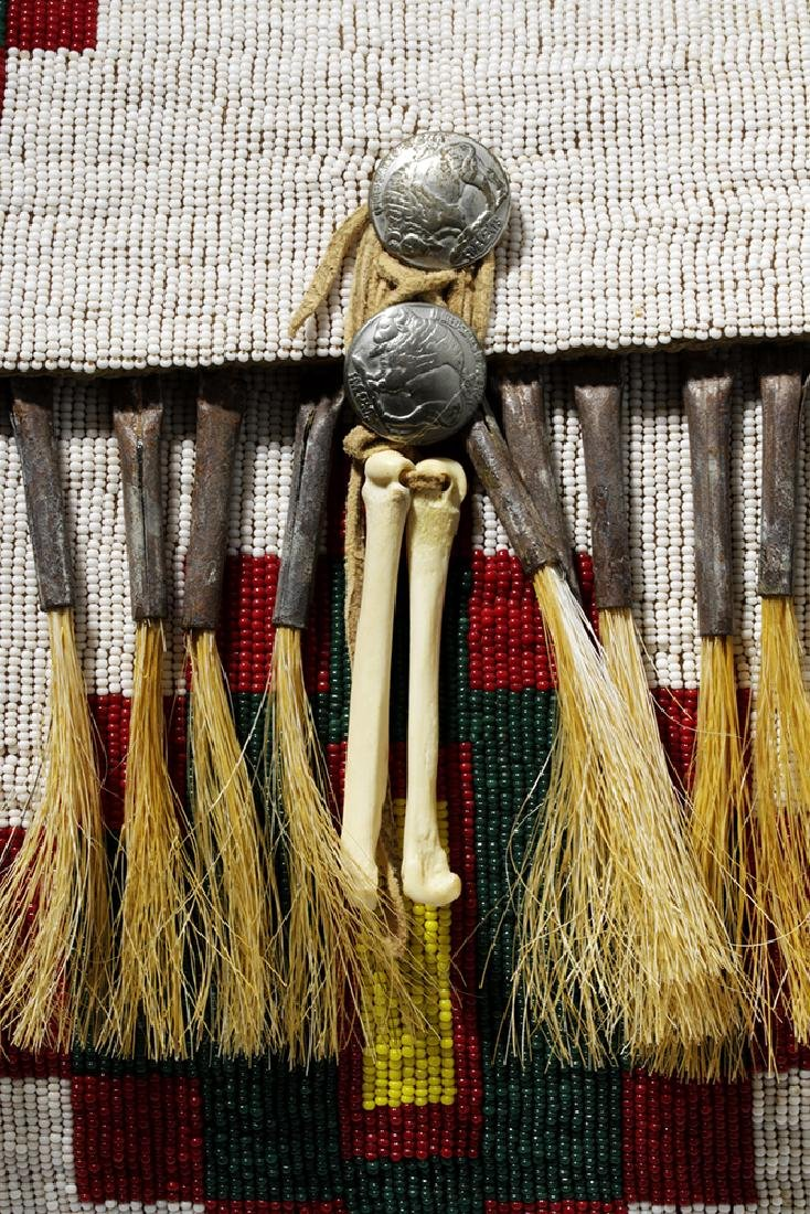 Mid-20th C. Native American Plains Indian Bead Satchel - 7