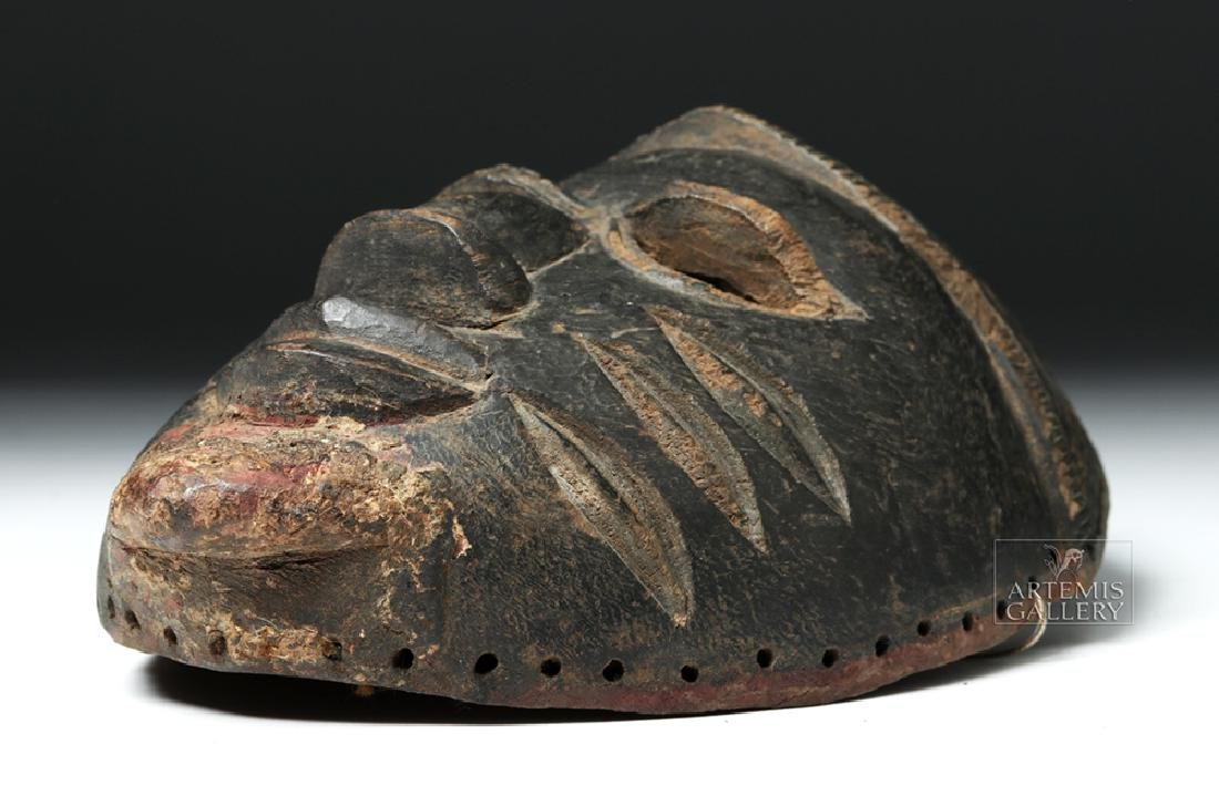 Early 20th C. Nigerian Yoruba Wood Mask - 5