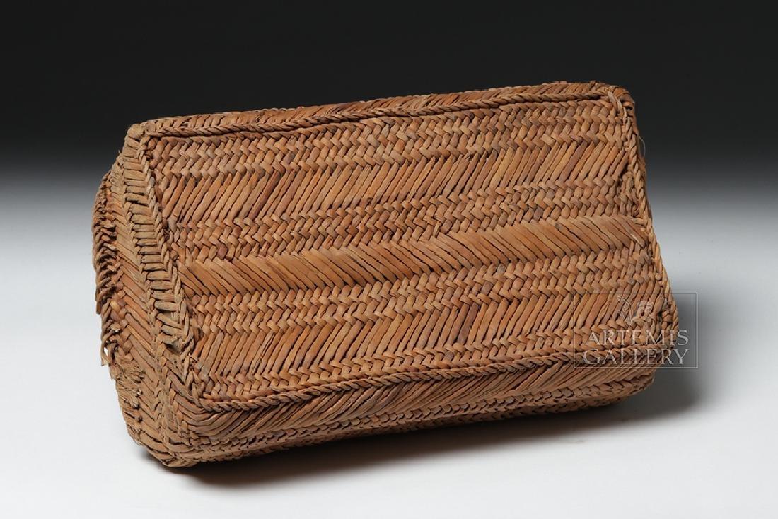 Chancay Weavers Basket w/ Utensils - 9