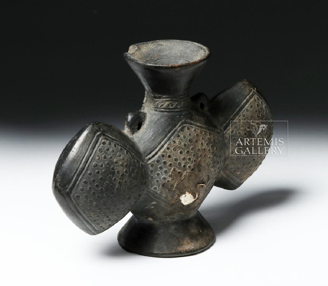 Chimu Pottery Tripartite Footed Vessel - 3