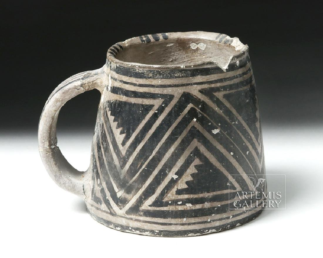 Anasazi Mesa Verde Pottery Black-on-White Mug
