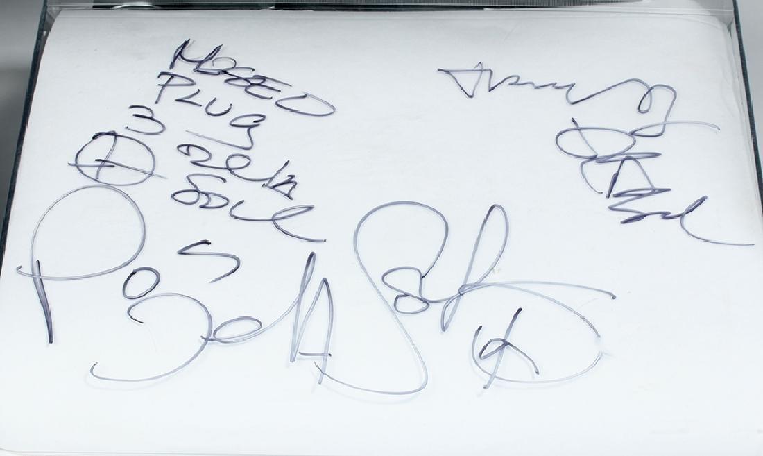 De La Soul Signed AudioTechnica Turntable & Album - 3