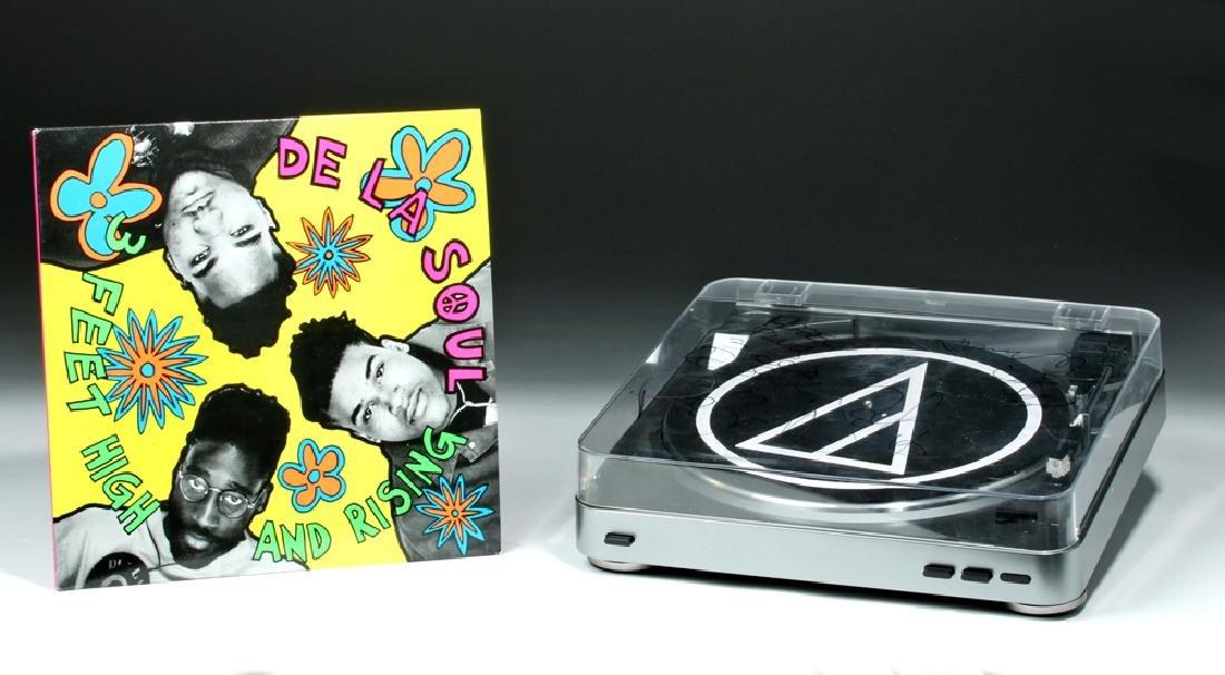 De La Soul Signed AudioTechnica Turntable & Album - 4