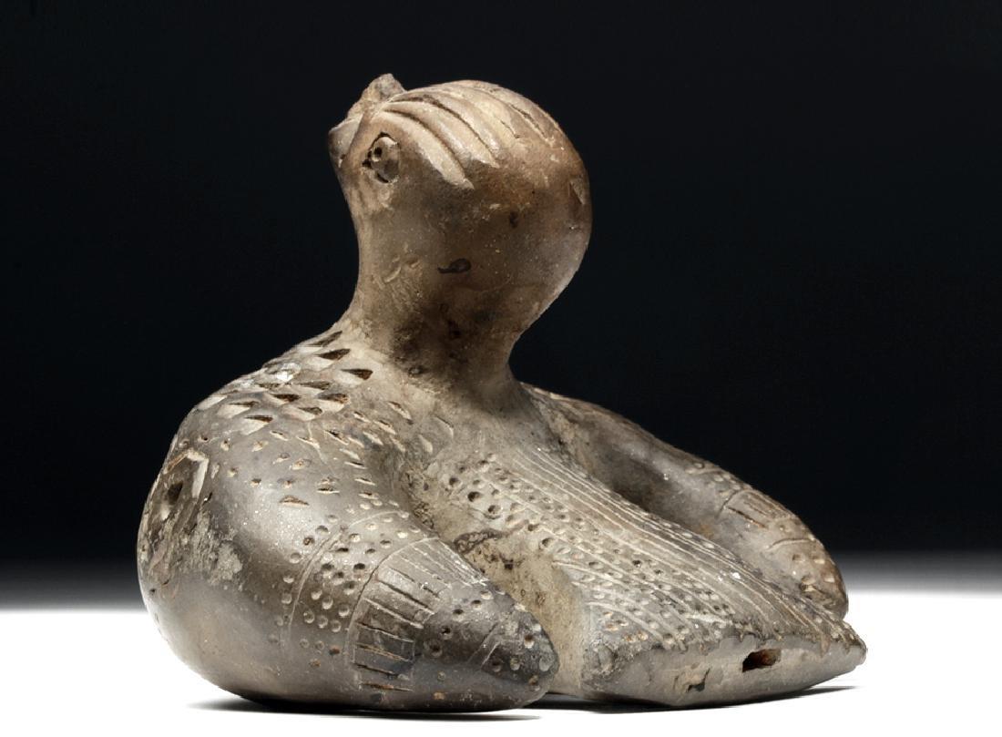 Adorable Tairona Pottery Ocarina - Bird Form - 4