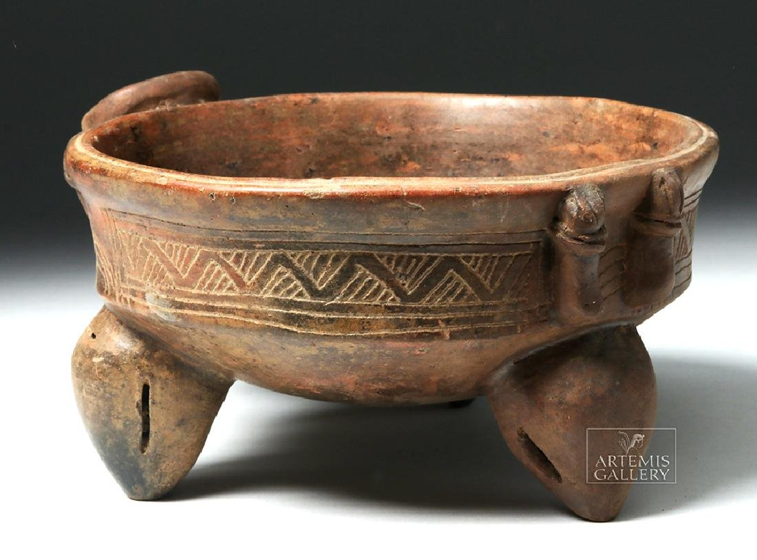 Expressive Costa Rican Pottery Tripod Rattle Bowl - 3