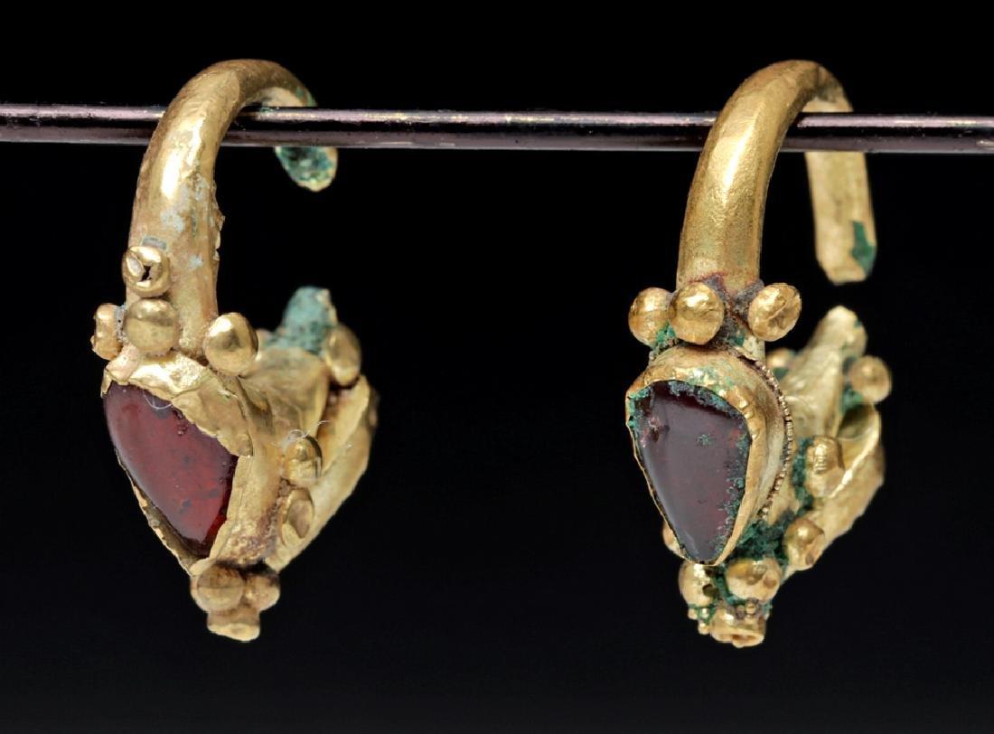Pair of Roman 18K Gold & Garnet Earrings - 3.2 grams