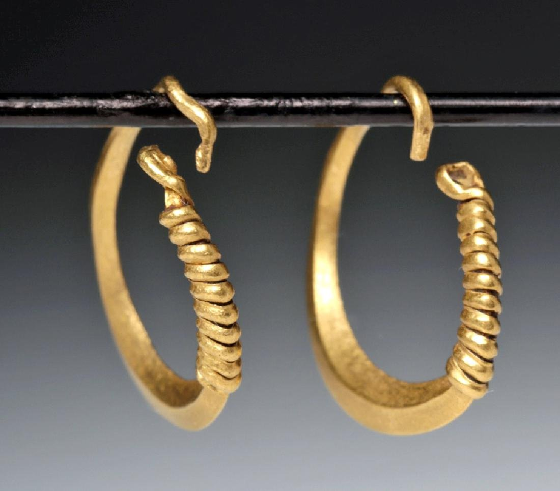 Roman 22K Gold Hoop Earrings - 3.2 g