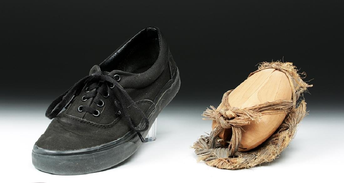 Rare Anasazi Hand-Woven Sandal with Wood Insert - 2