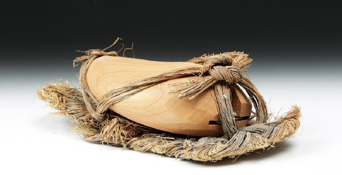 Rare Anasazi Hand-Woven Sandal with Wood Insert - 4