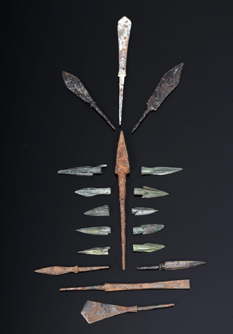 18 Roman to Medieval Iron & Bronze Arrowheads