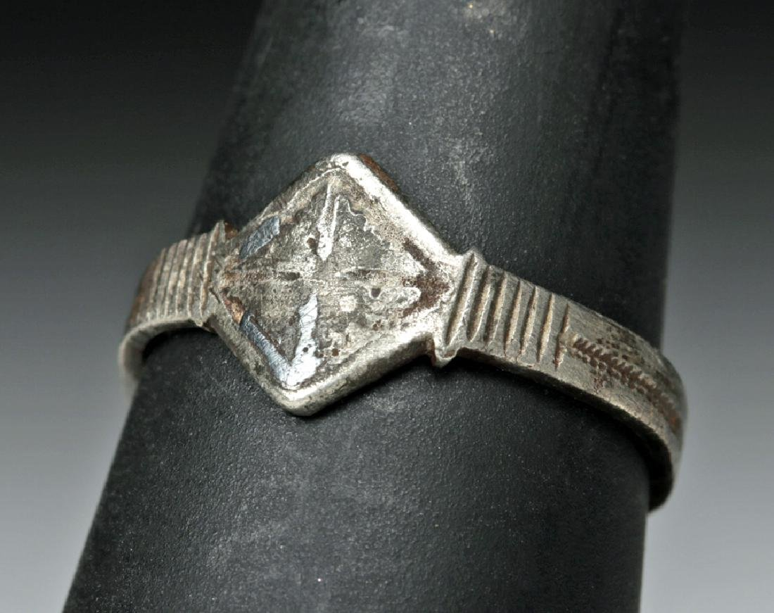 Late Medieval European Silver Ring - 2.1 grams