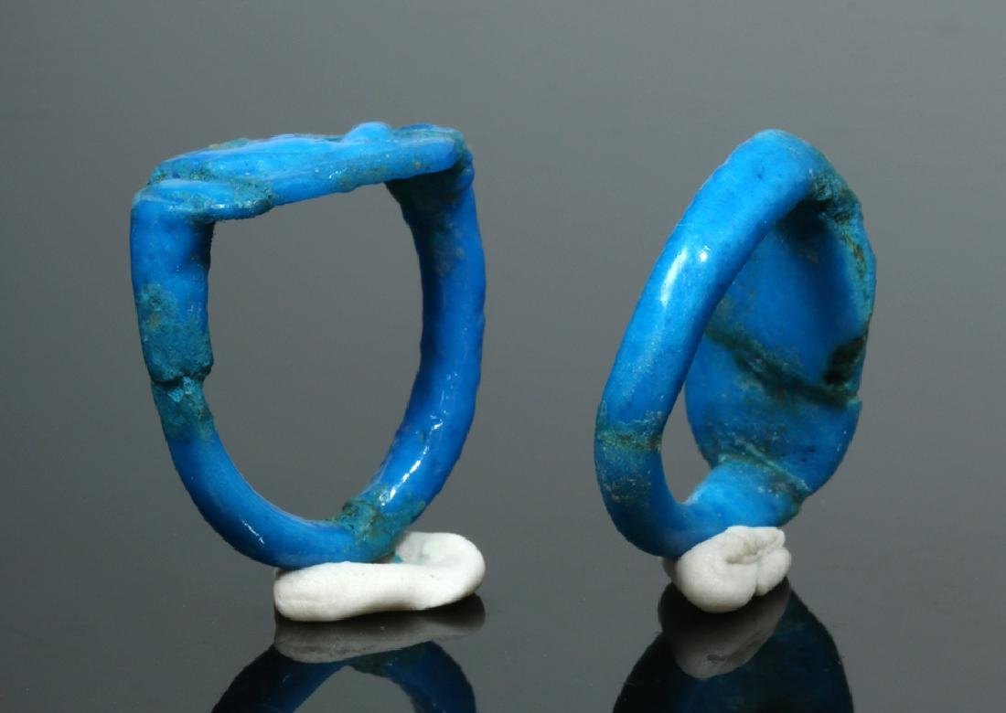Pair of Beautiful Blue Egyptian Faience Finger Rings - 4