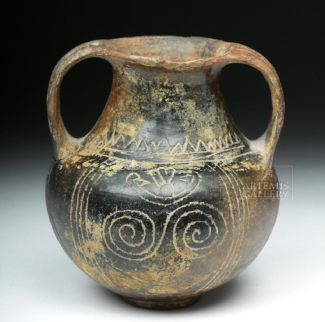 Villanovan Terracotta Amphora w/ Incised Lines