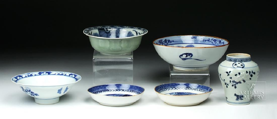 19th C. Chinese Blue Ware Porcelain Vessels (6) - 4