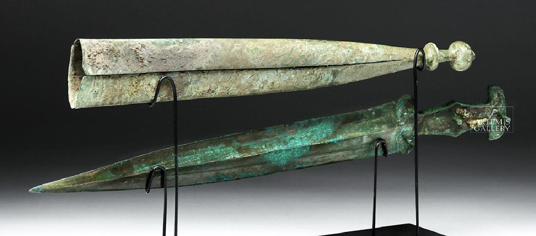 Important Etruscan Bronze Sword & Sheath, ex-Guttmann - 6
