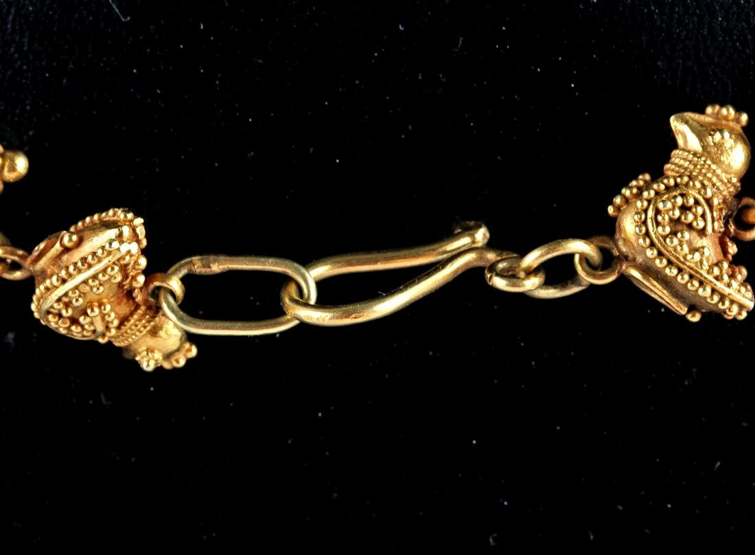 Persian 18K Gold Bird Necklace - 51.9 grams - 4