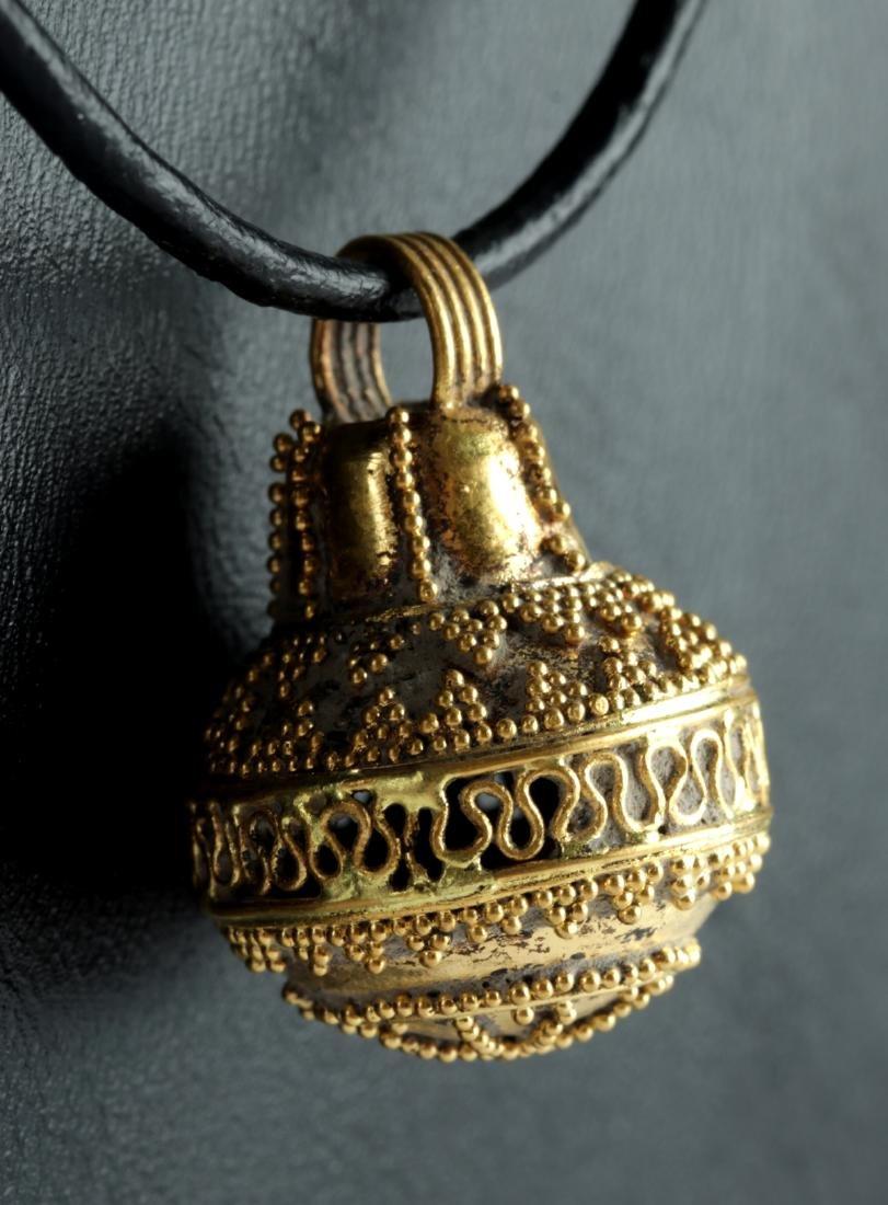Rare Etruscan 23K+ Gold Filigree Pendant - 5.2 g