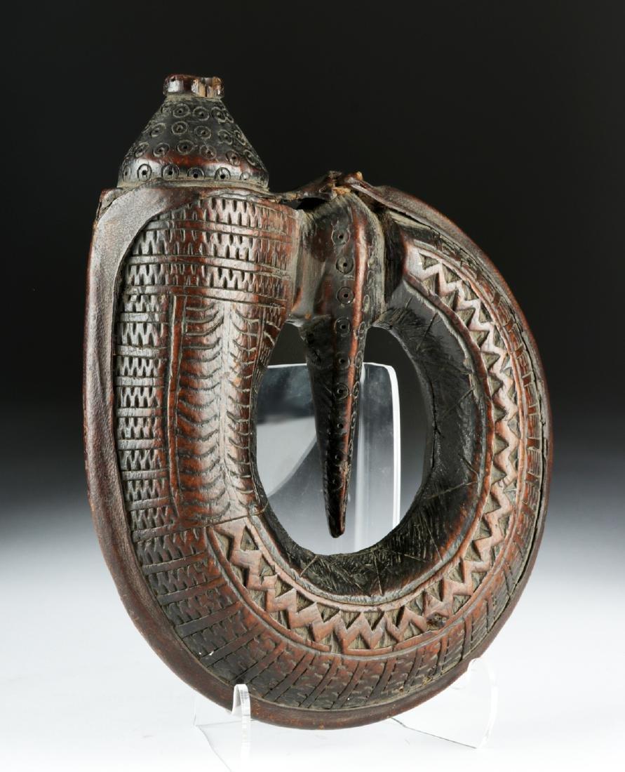 Unique 17th C. European Wooden Powder Horn
