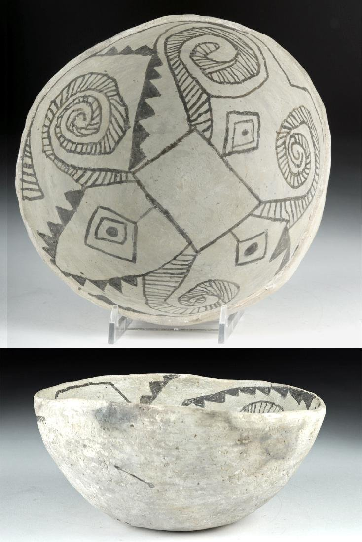 Prehistoric Anasazi Red Mesa Black-on-White Bowl