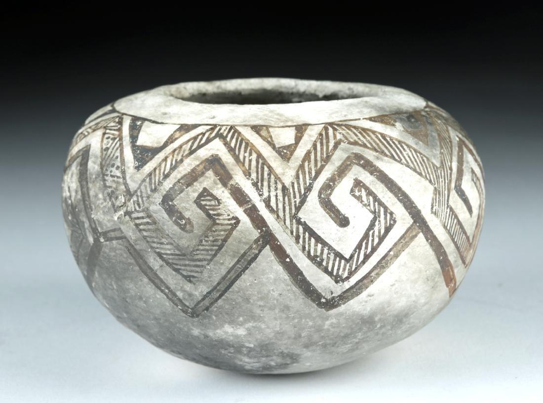Anasazi Mesa Verde Black-on-White Seed Jar