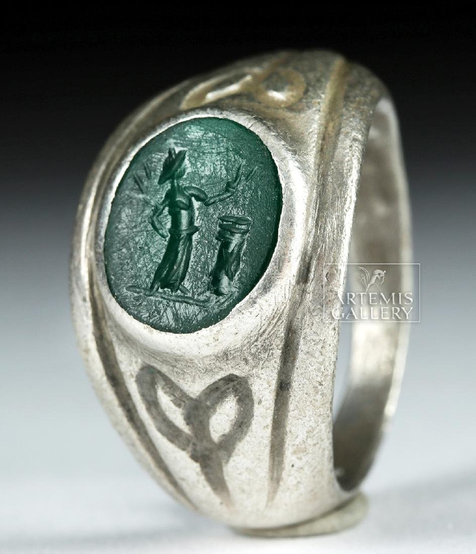 Roman Silver Ring w/ Jasper Intaglio - 9.1 g - 2