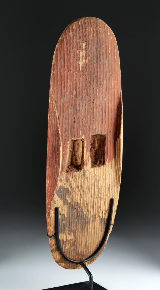 Early 20th C. Australian Wood Parrying Shield - 4