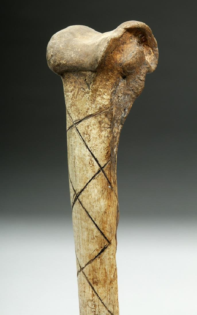 Early 20th C.  Papua New Guinea Cassowary Bone Dagger - 5