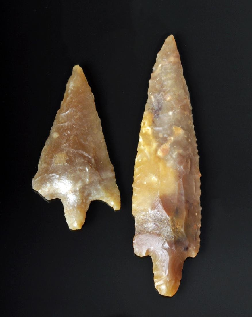 Pair of Small Native American Arrowhead Points