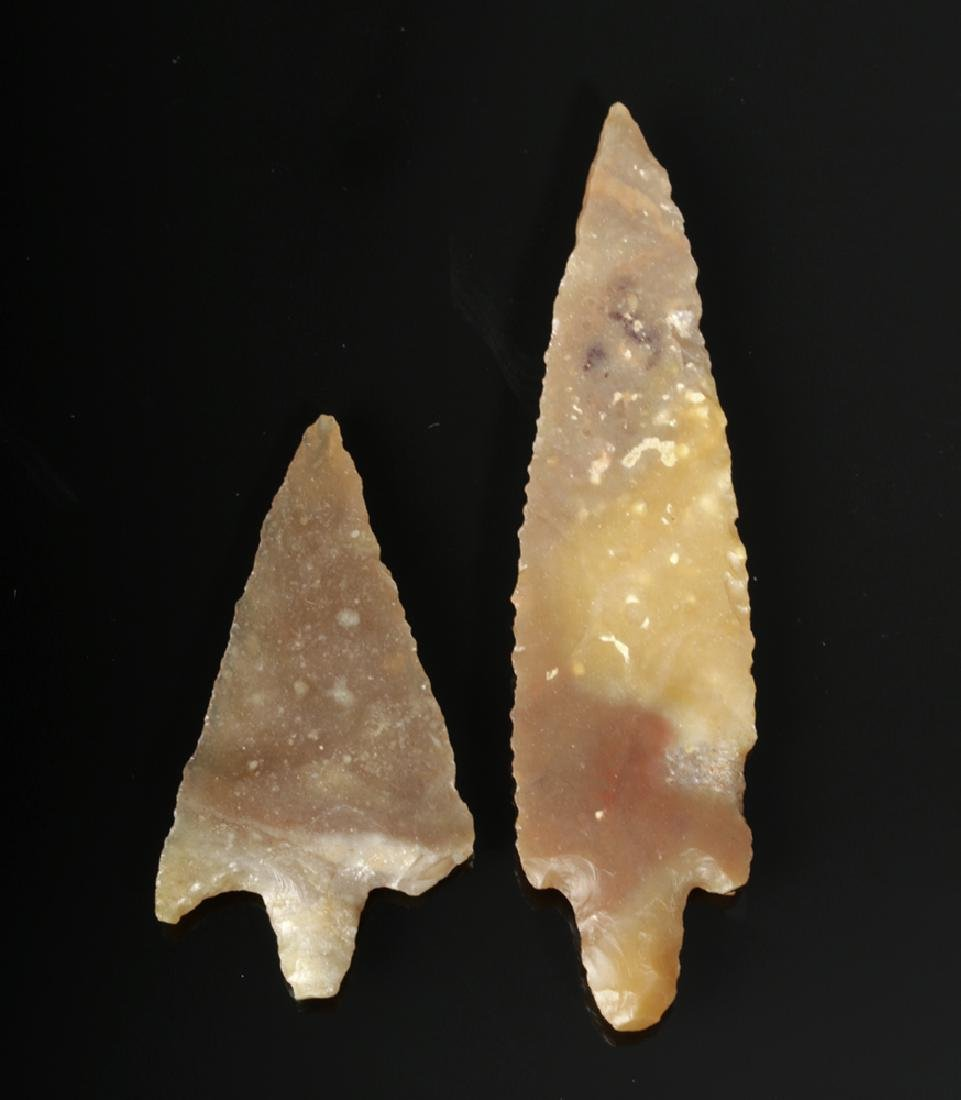 Pair of Small Native American Arrowhead Points - 2