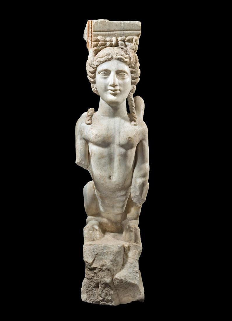 Eastern Greek Marble Sphinx Trapexophoros - 2