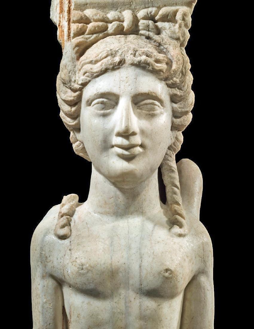 Eastern Greek Marble Sphinx Trapexophoros - 3