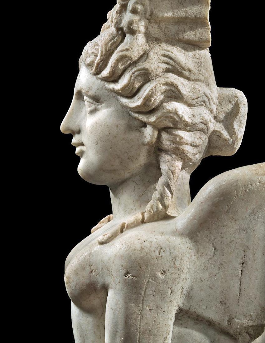 Eastern Greek Marble Sphinx Trapexophoros - 4