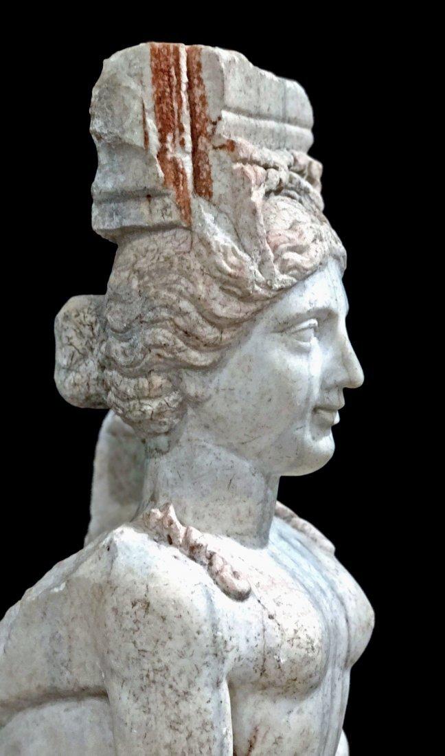 Eastern Greek Marble Sphinx Trapexophoros - 5