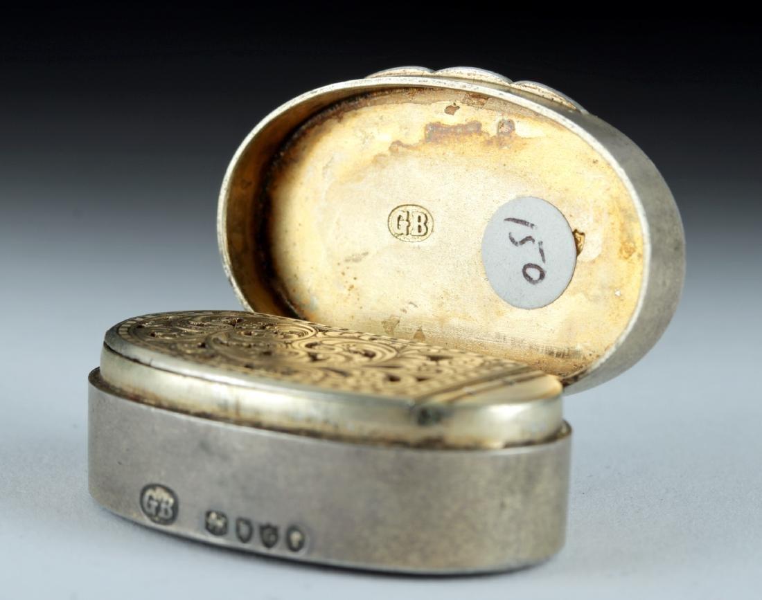 19th C. Victorian Silver Snuff Box w/ Agate Intaglio - 4