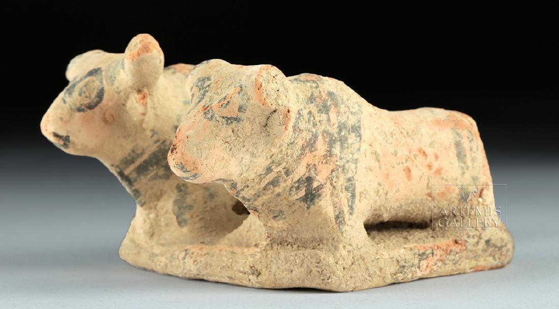 Indus Valley Pottery Platform with Zebu Bulls - 2