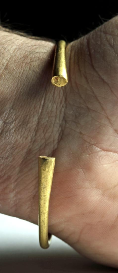 Iron Age Celtic 21K+ Gold Torq Bracelet, 45.2 g - 3