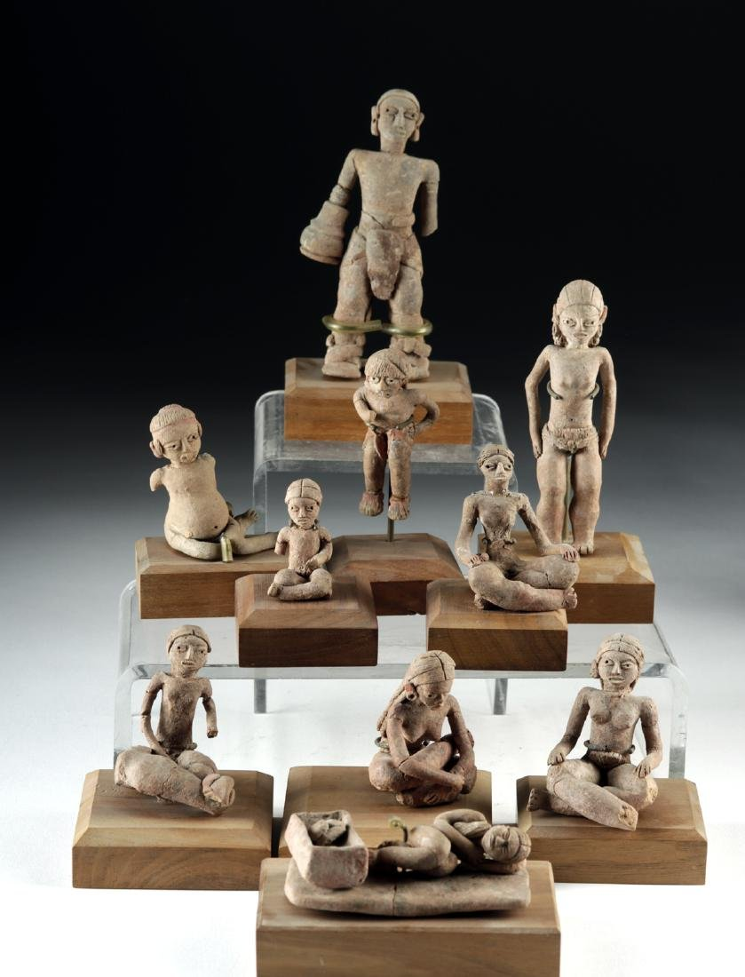 Rare Collection of 27 Xochipala Pottery Figures - 4