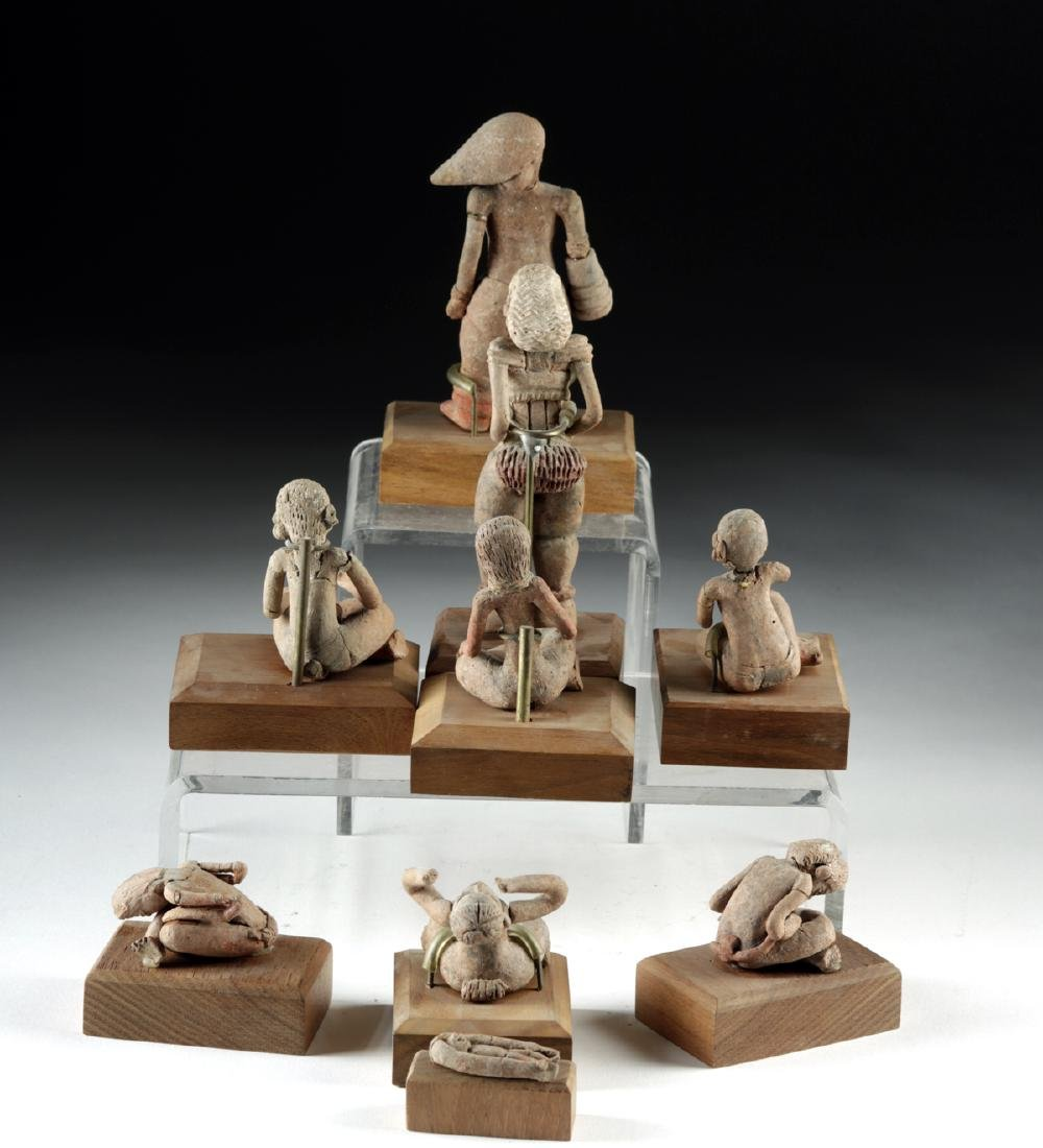 Rare Collection of 27 Xochipala Pottery Figures - 7