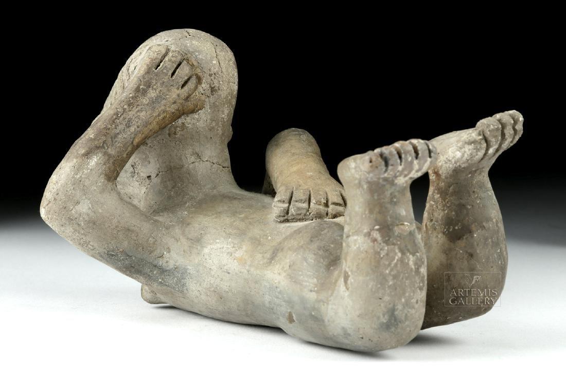 Rare Zapotec Pottery Prone Female - 4