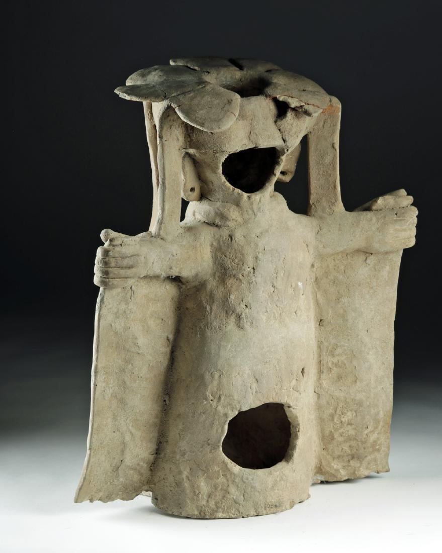 Veracruz Pottery Standing Figure in Cape w/ TL - 4