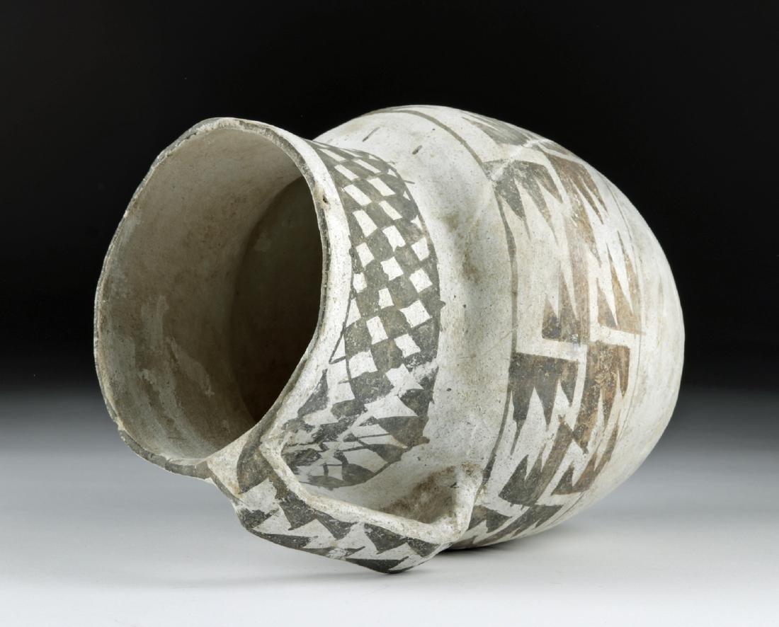 Large Anasazi Pottery Pitcher - Black on White - 5