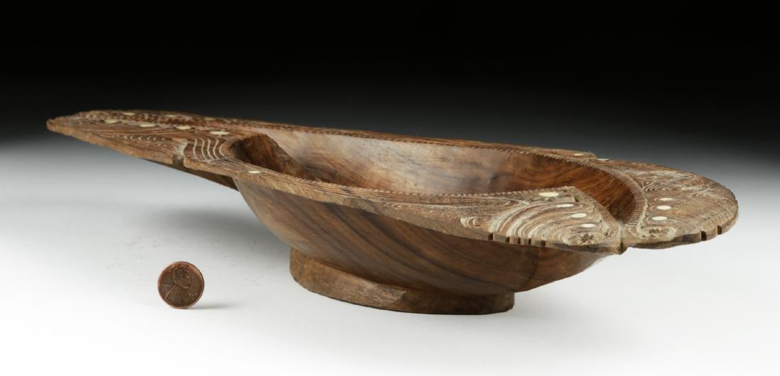 20th C. Maori Wood Bowl with Abalone Inlays - 3